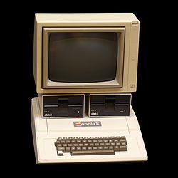 250px-Apple_II_IMG_4212